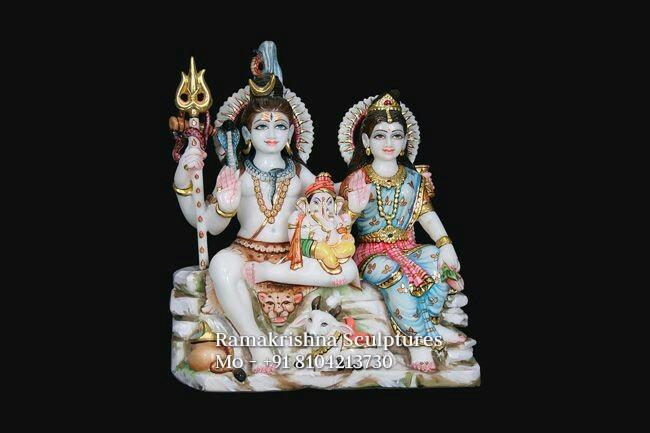 Shiv Parivaar Statue